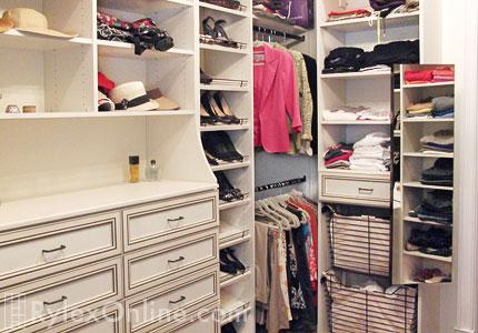 Bedroom Closet With Vanity Table Hutch Warwick Ny