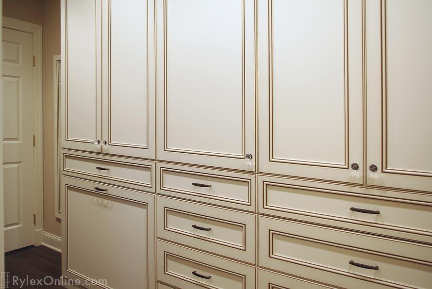 Master Bedroom Walk In Closet Raised Panel Cabinets