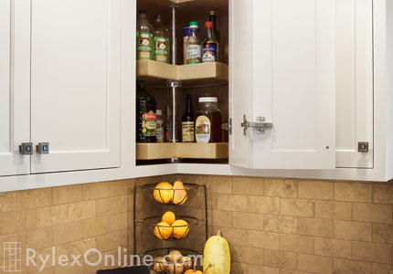 Lazy Susan For Corner Kitchen Cabinets